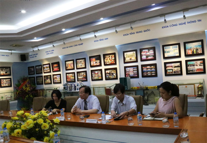 Delegation of Shu-te University (Taiwan) Visit and work with Hanoi Open University